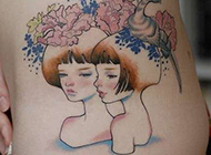 女生腰部纹身图案气质柔美