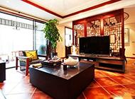 古典中式客厅电视墙装修效果图欣赏