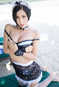 娜依灵儿性感制服写真魅力迷人