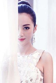演员刘梓娇白色长裙子唯美图片