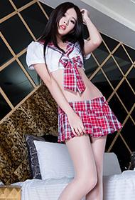 长腿美女Aries粉色水手制服私房写真