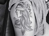 性感女郎腿部纹身图案柔美迷人