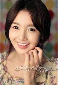 韩国美女明星南圭丽清纯迷人写真