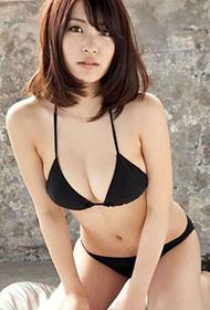 日本童颜G奶女神岸明日香性感写真集