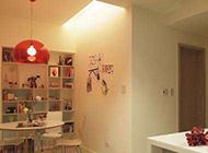 现代简约二居室装修温馨舒适