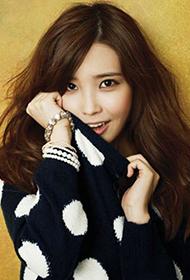 韩国女星李智恩演绎成熟小女人