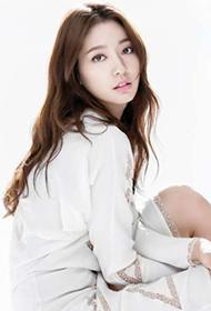 韩国漂亮女明星朴信惠迷人写真