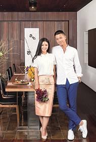 正能量夫妻李小萌王雷温馨幸福家居写真