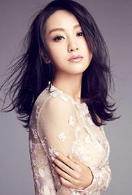 杨蓉裸色长裙搭配写真图片