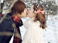 校园浪漫情侣图片大全接吻