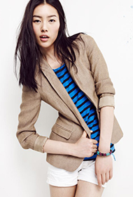 中国名模刘雯个性写真 时尚秋装宛若清纯少女