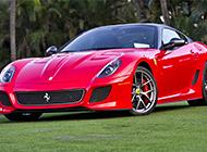 红色法拉利跑车整体外观图片