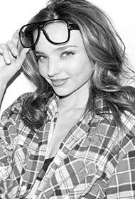 国际超模米兰达·可儿素颜黑白性感图片