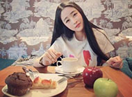调皮可爱15岁女生非主流图片