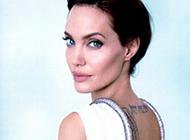 明星安吉丽娜·朱莉大秀性感简约纹身图案