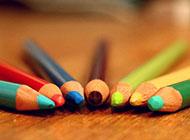 电脑桌面壁纸彩色炫酷创意铅笔