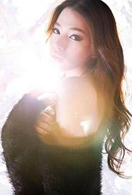 韩国嫩模妖娆人体艺术照片