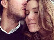 3d浪漫亲吻情侣图片