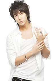 韩国男星金亨俊帅气逼人写真照