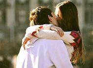 精选欧美情侣接吻头像