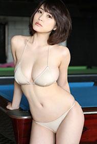 日本丰满尤物岸明日香最新写真