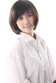 小清新女演员张馨心时尚写真照