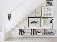 楼梯下的相片墙设计图片