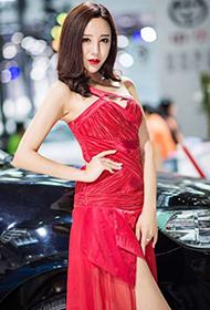 中国最美车模张小霈车展个人秀