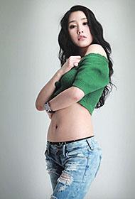韩国超级车模崔星儿百变迷人魅力