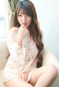 美女模特轻丝薄纱性感私房甜美迷人