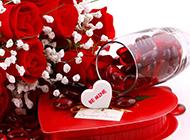 鲜花与礼品白色背景素材