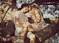 情侣图片一男一女甜蜜浪漫