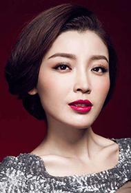 林小曼扮演者高晓菲红唇魅惑写真
