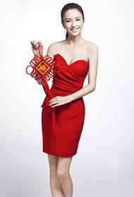 佟丽娅新年甜美红裙个人写真