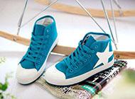 森系鞋子图片唯美帆布鞋素材