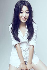 女明星李乔西慵懒可爱写真集