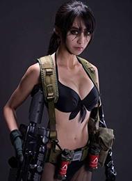 《合金装备》游戏cos美女霸气图片