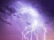 明亮绚丽的闪电风景图片