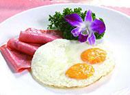 法式早餐火腿煎双蛋图片