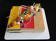 创意组合慕斯蛋糕图片