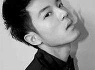 超拽的帅哥qq黑白头像图片