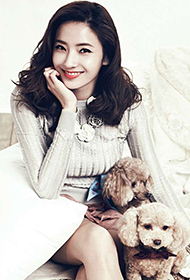 韩国女明星韩彩英秋日写真图片