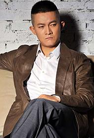 演员杨志刚冷峻帅气写真图片