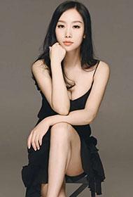 美女明星刘一缇性感吊带裙写真