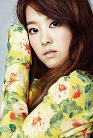 韩国女明星朴宝英时尚写真照