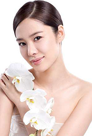 韩国女明星金贤珠美妆写真照