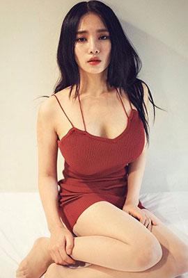 韩国网络美女jeee622丰满性感图片