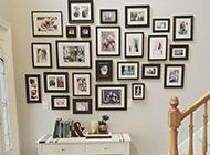欧式简约楼梯相片墙效果图