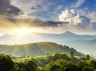 唯美迷人的山脉风景图片