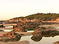 海边礁石风景摄影图片
